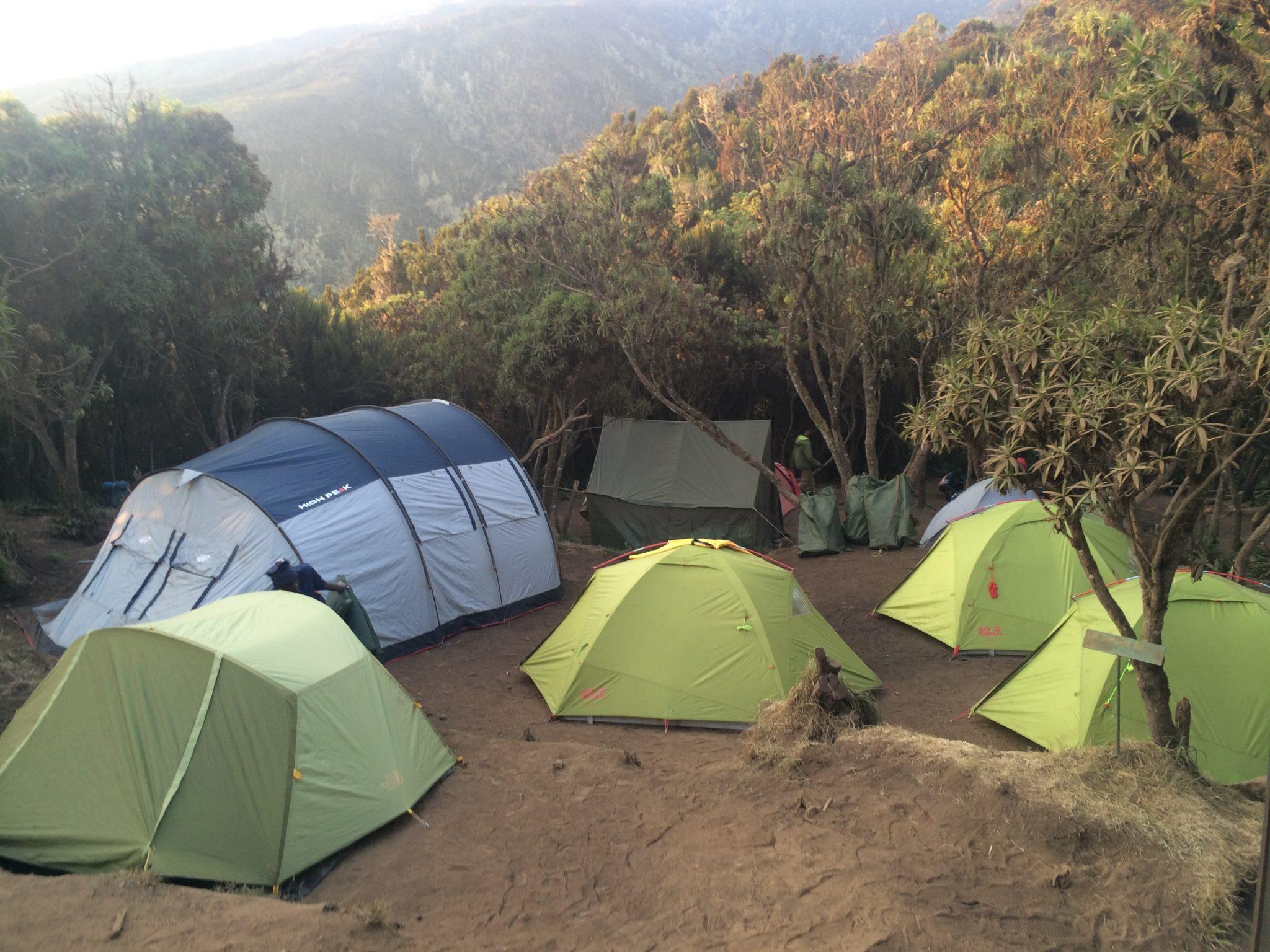 11-campamento-tiendas