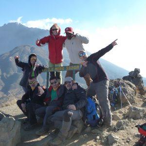 Tres Rodenses Coronaron Este Verano El Kilimanjaro