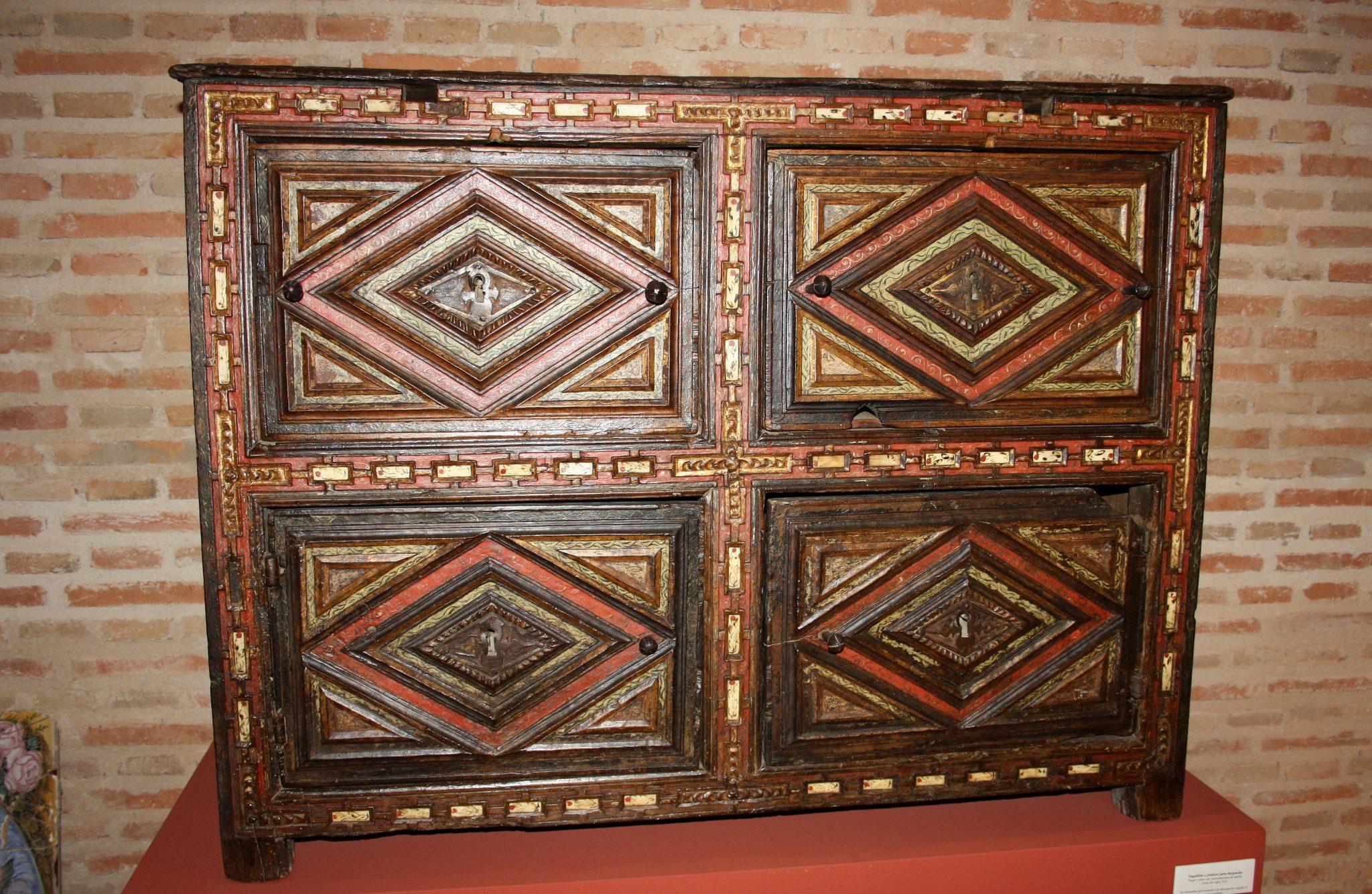 Museo Municipal De La Roda Ayuntamiento # Muebles Mudejar