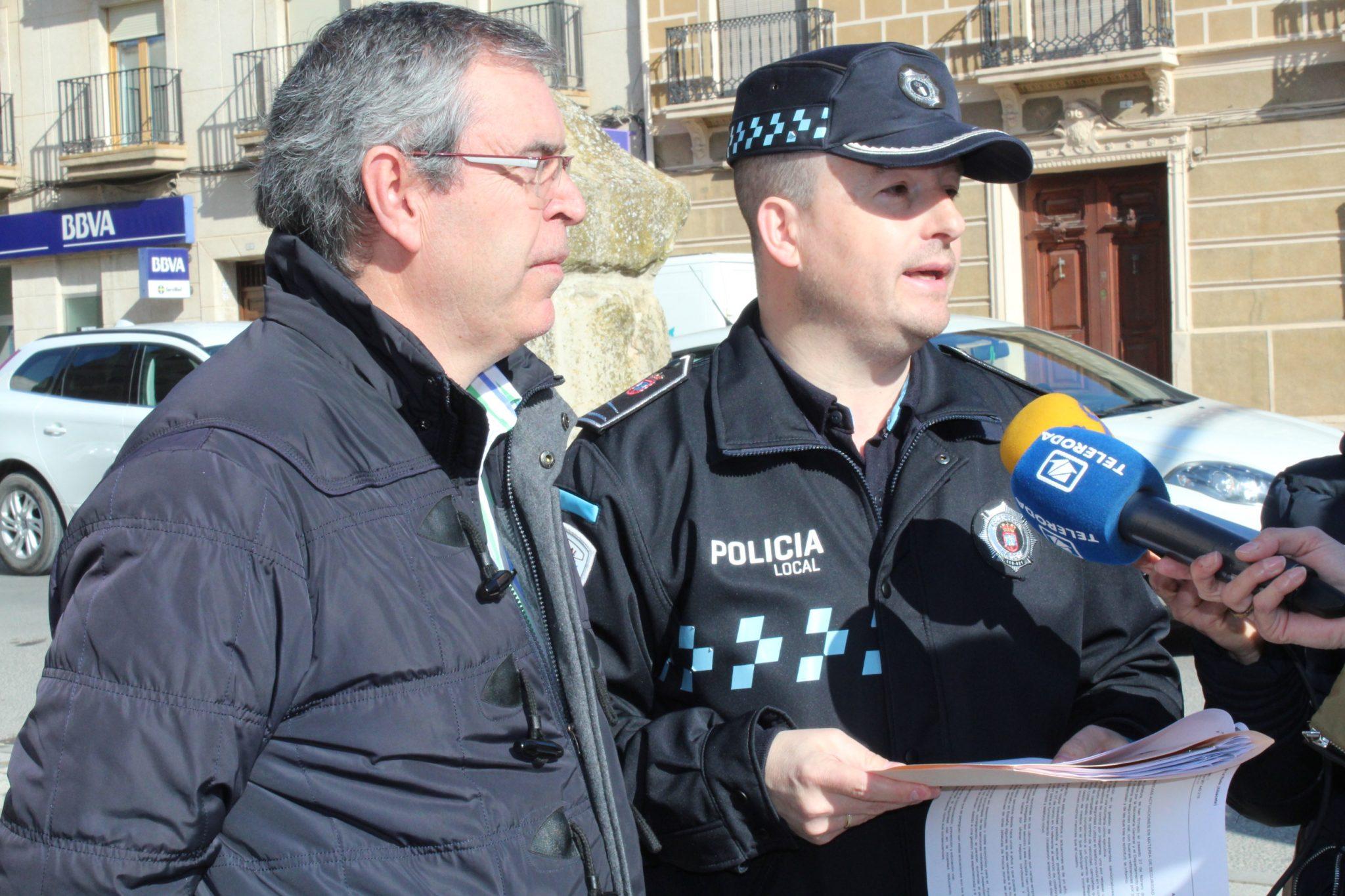 Alcalde Y Jefe Policía