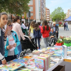 Este Viernes Los Libros Salen A La Calle