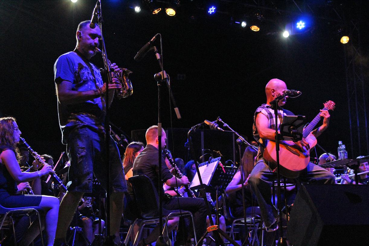 Celtas Cortos Y La Banda De Música Virgen De Los Remedios