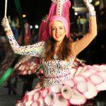 Un Gran Desfile Inaugural Dio La Bienvenida Al Carnaval Rodense