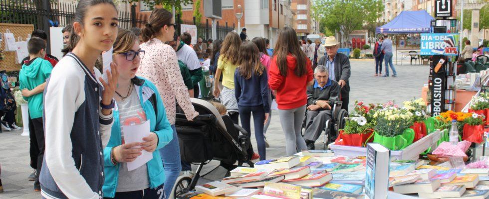 Este Viernes Los Libros Y La Cultura Salen A La Calle
