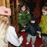 Un Paje De Los Reyes Magos Visita La Roda