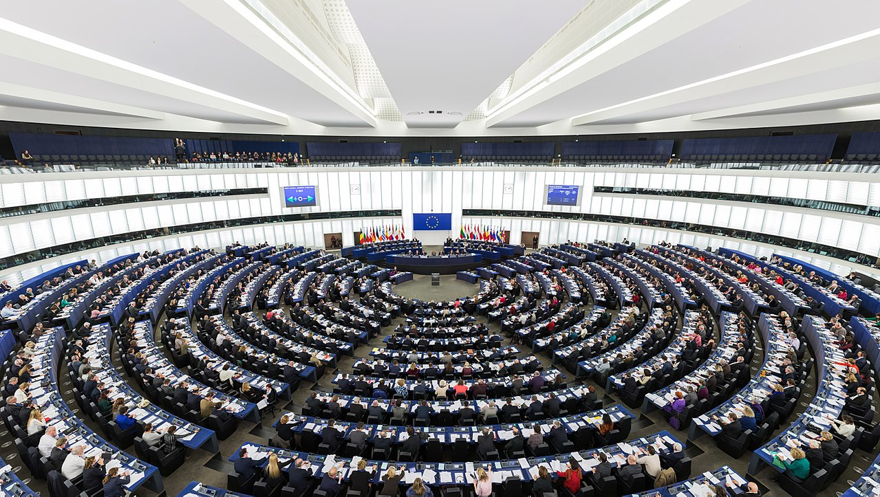1280px European Parliament Strasbourg Hemicycle   Diliff