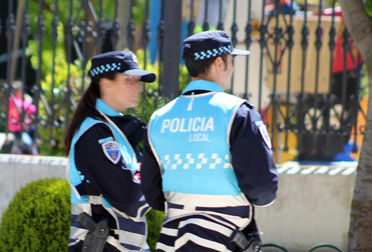 Policía La Roda