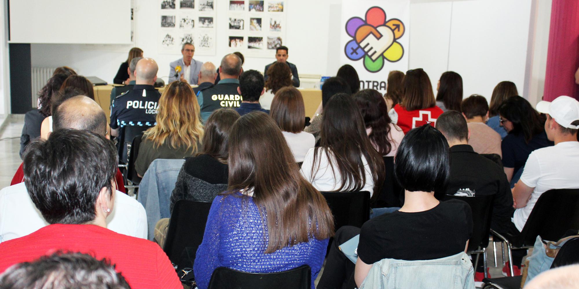 """Éxito De Convocatoria En Las Jornadas """"Avanzando Contra La Violencia De Género"""