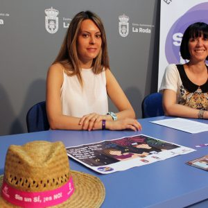 """La Campaña """"Sin Un Sí, ¡es No!"""", Muy Presente En La Semana Joven Y Fiestas Patronales"""