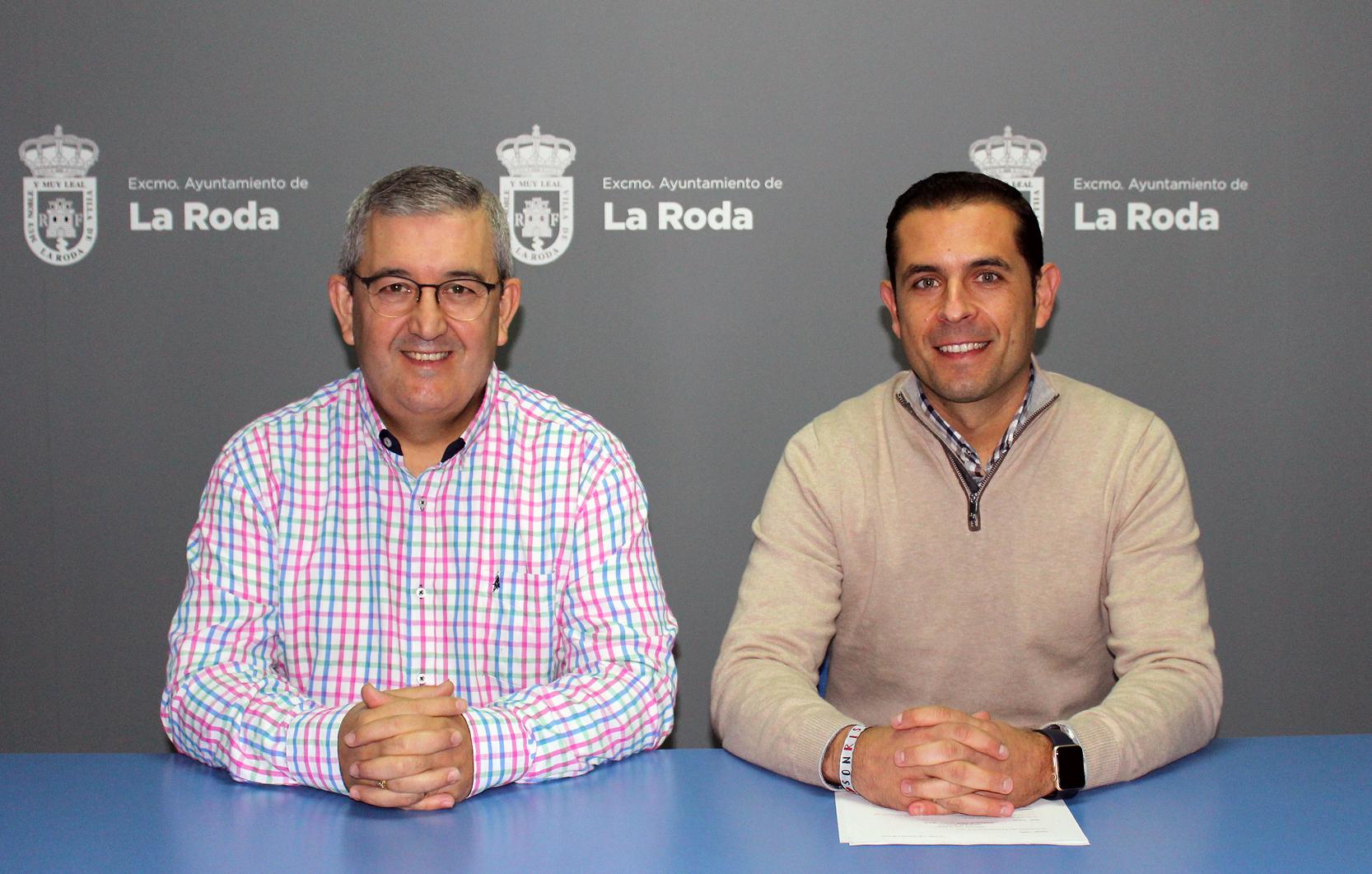 Rp Arturo Mtnz (izda) – Luis Fdez (dcha) ñ
