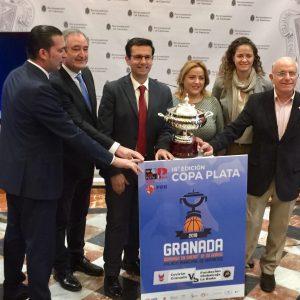 El Club Baloncesto La Roda Asistió A La Presentación De La Copa LEB Plata En Granada
