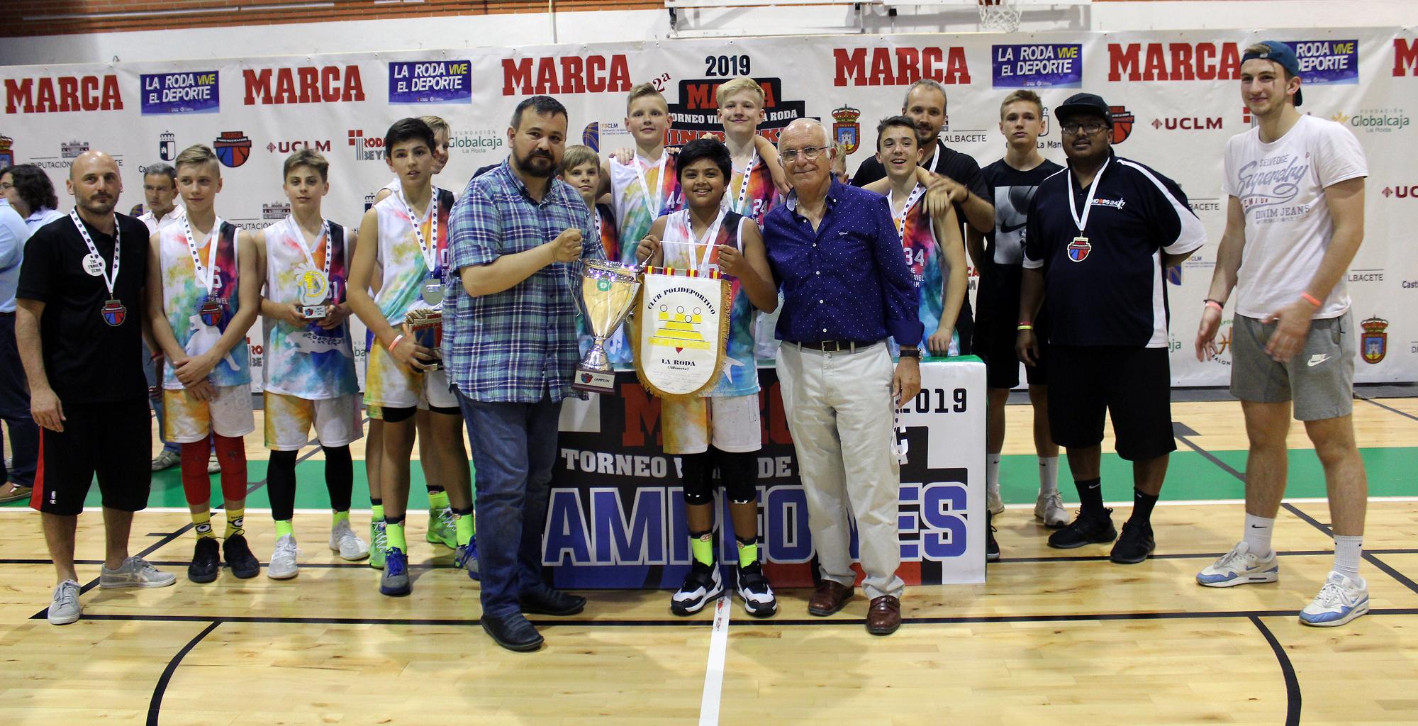 CAMPEONES Con Alcalde La Rodaññ