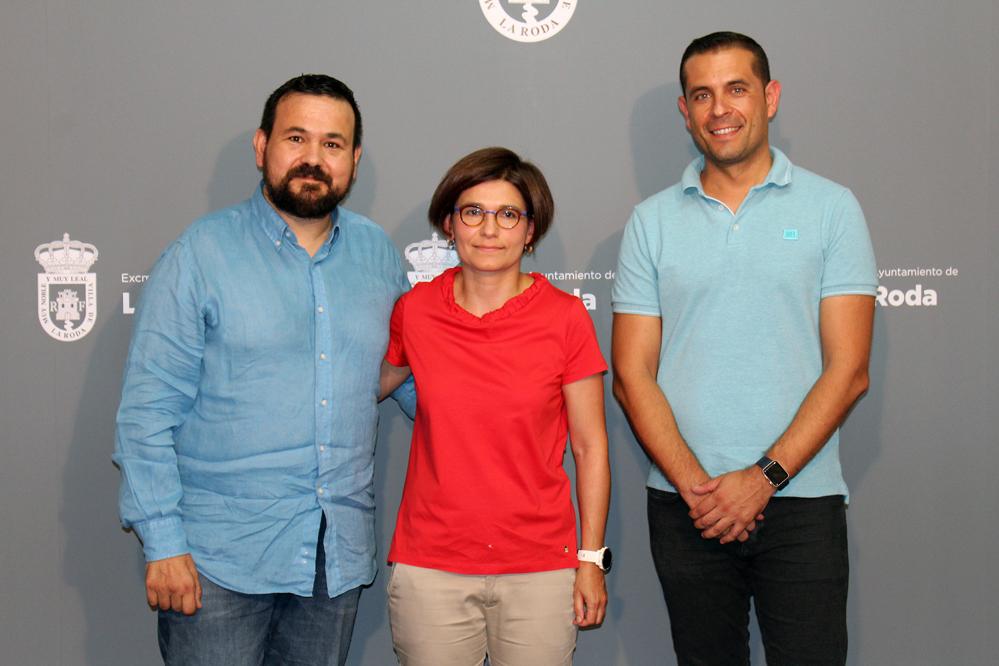 Rp Pregonera  Con Alcalde Y Concejal Festejos ñ