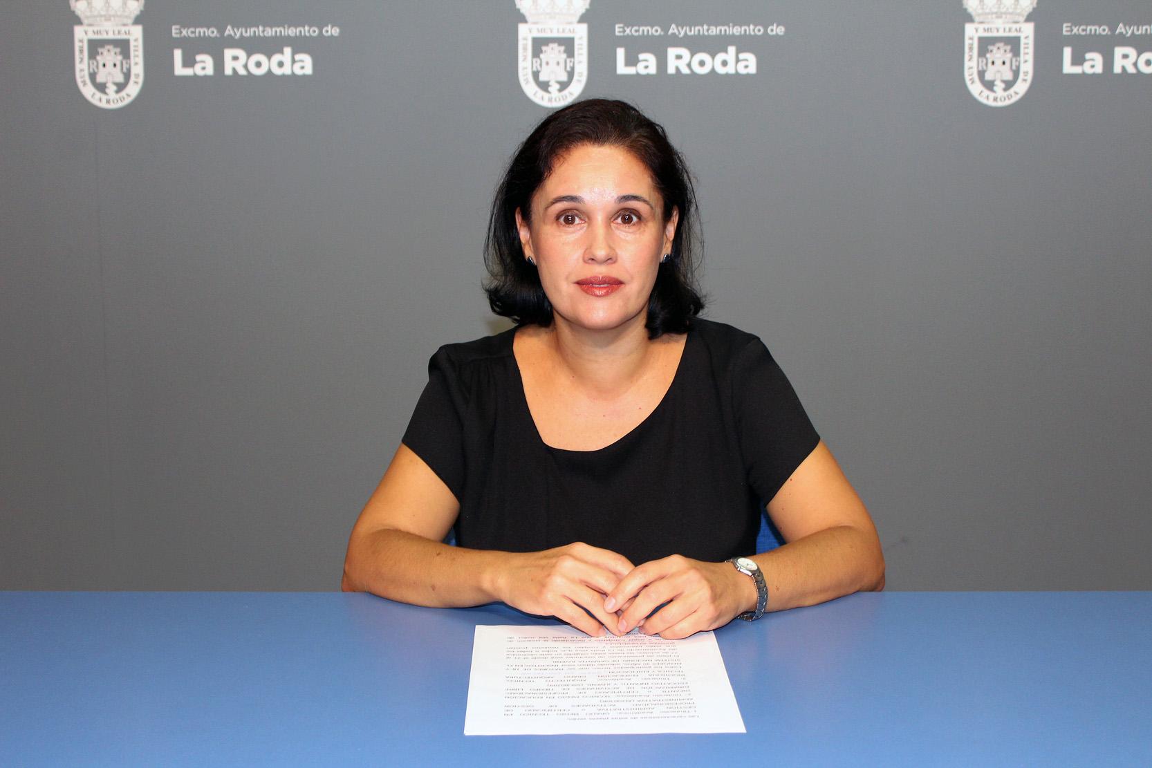M. Ángeles García ñ