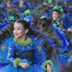 Cerca De Un Millar De Máscaras Participan En El Desfile Inaugural Del Carnaval Rodense