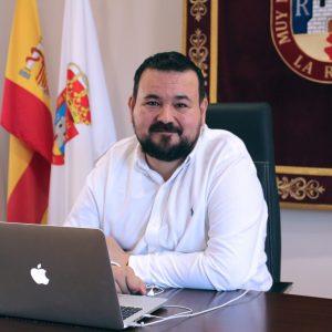 Juan Ramón Amores Confirma Que La Rehabilitación De Las Viviendas Sociales Ha Comenzado