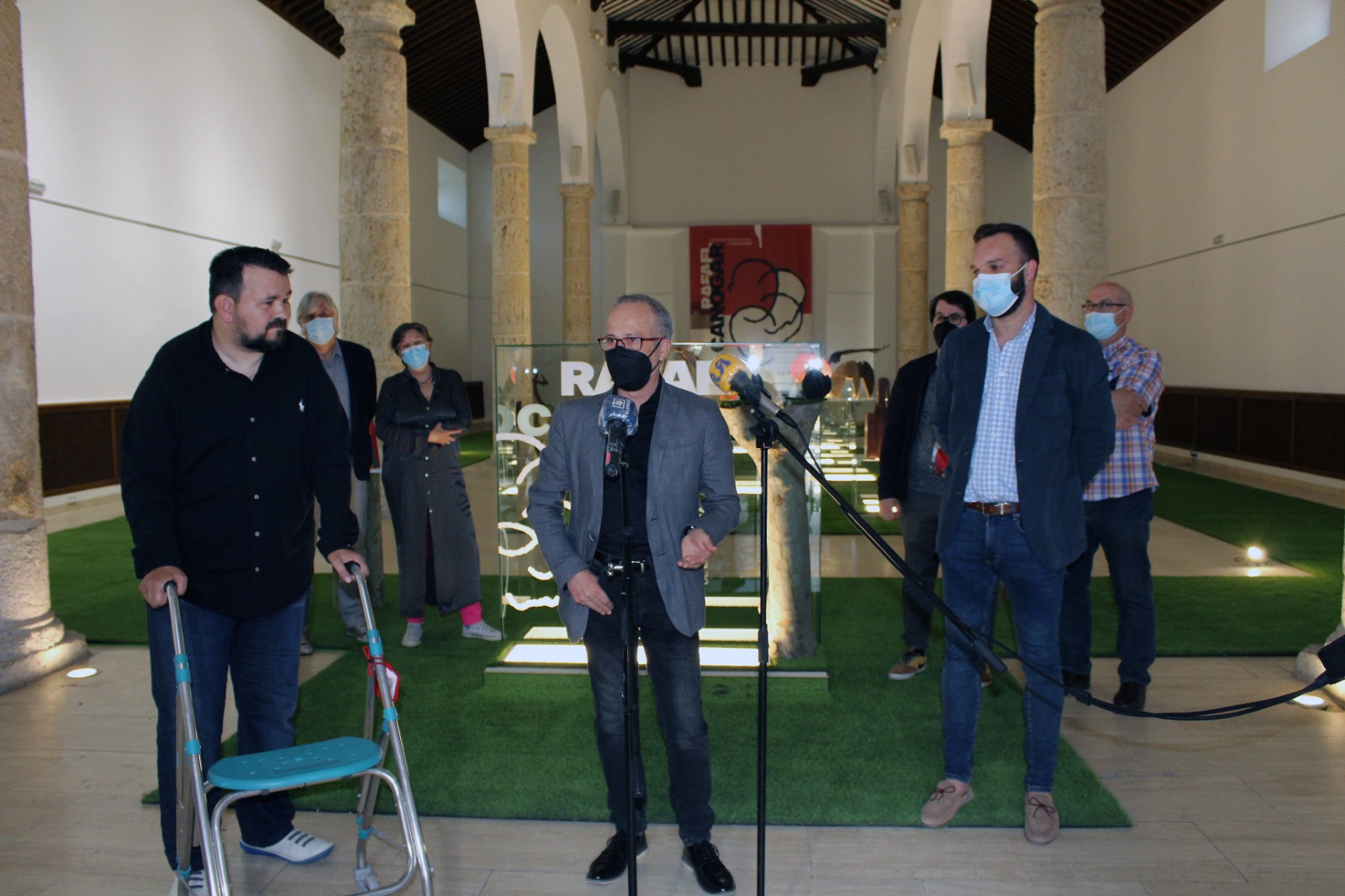 Cerca De 1.000 Personas Visitan La Exposición Del Certamen De Escultura 'Rafael Canogar'